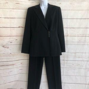 Tahari Pant Suit